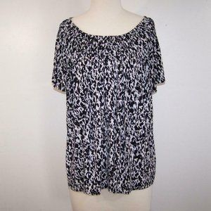 Style & Co Top Shirt Plus 1X Stretch Black White Short Sleeves Pleated Neck